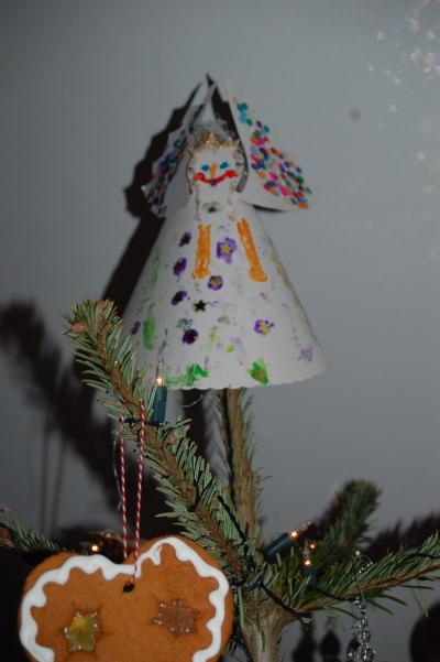 Weihnachtsvorbereitungen lilienstern for Tannenbaumspitze stern